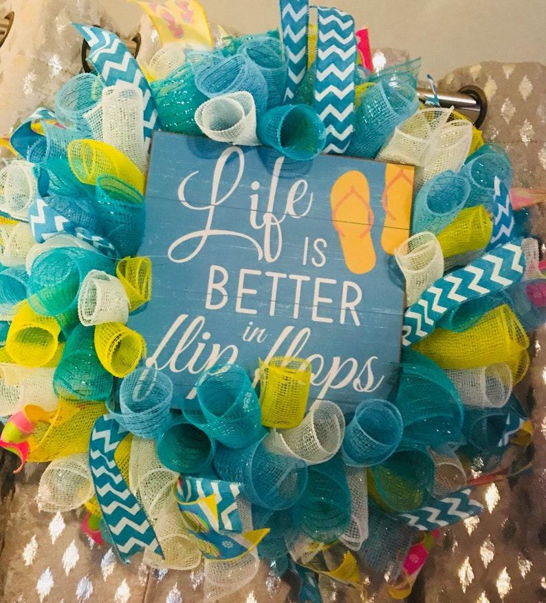 Summer wreath flip flop wreath