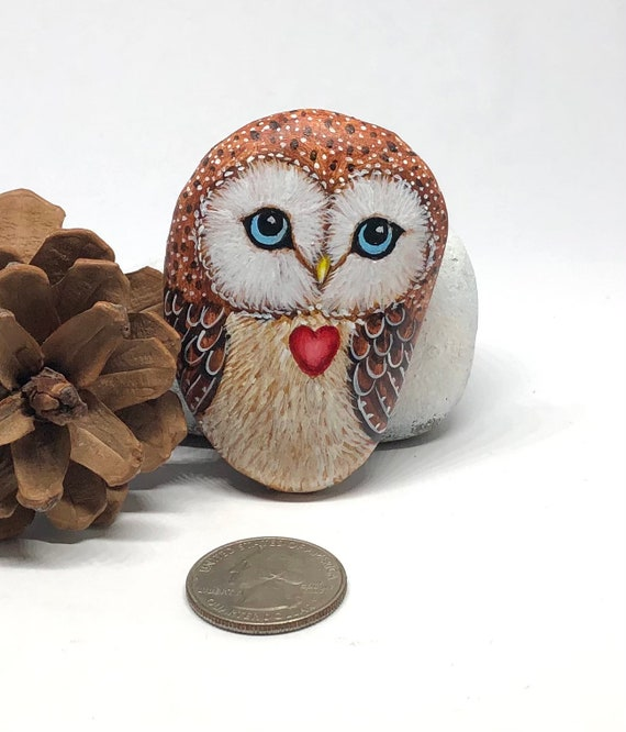 Cute Valentine owl painted rocks, small cute owl gift for her ,Valentines day decor