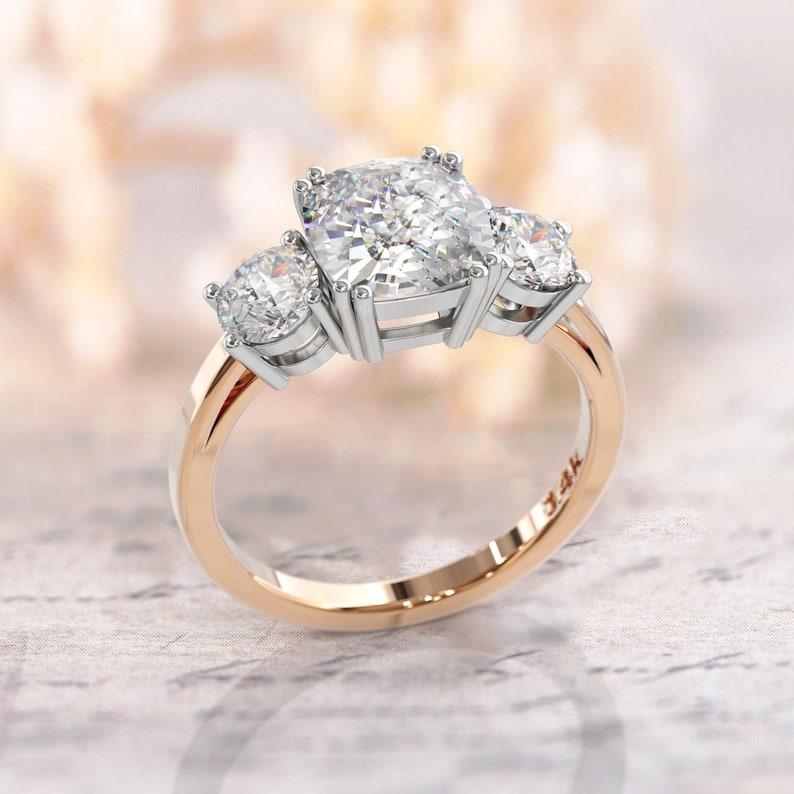 Meghan Ring Cushion Cut Engagement Ring 3 Stone Ring 2 5ct Cushion Cut Moissanite Center Stone 1 0 Ct Sided Moissanite Stones 14k Gold