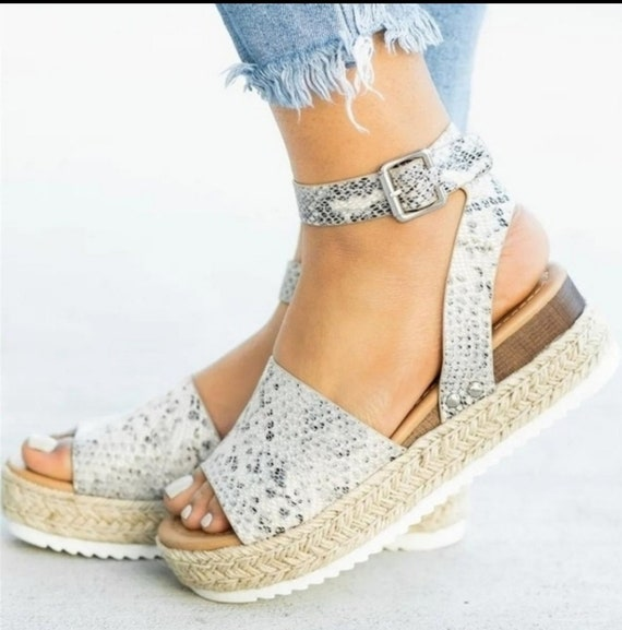Step By Step Snakeskin Platform Sandals
