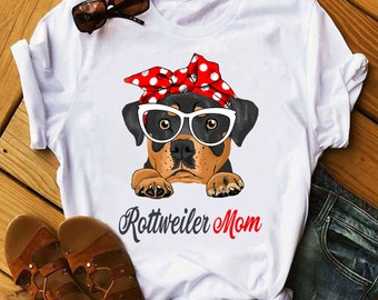 e5128866 Rottweiler Mom T-shirt, Women T-shirt