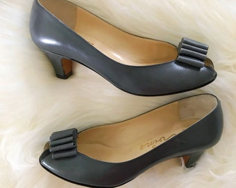 d44f736bac1fa Vintage evins shoes | Etsy