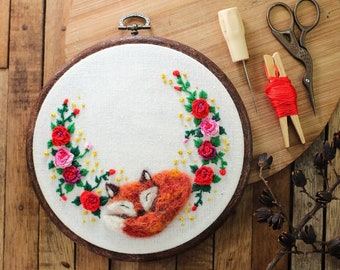 The Fox sleeping in the roses garden Embroidery Hoop Wall Art Decor ,Free Custom Words,mix media textile art, embroidery home decor