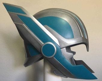 Thor Ragnarok Life Size Helmet Prop MCU Avengers