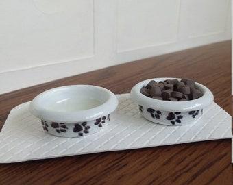 Dollhouse Miniature or Fairy Garden Small Beige /& White Metal Mixing Bowl