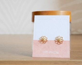 Minimalist flower earrings Daisy earrings Sterling silver flower jewelry Tiny flower earrings Gold stud earrings Flower stud earrings Pink