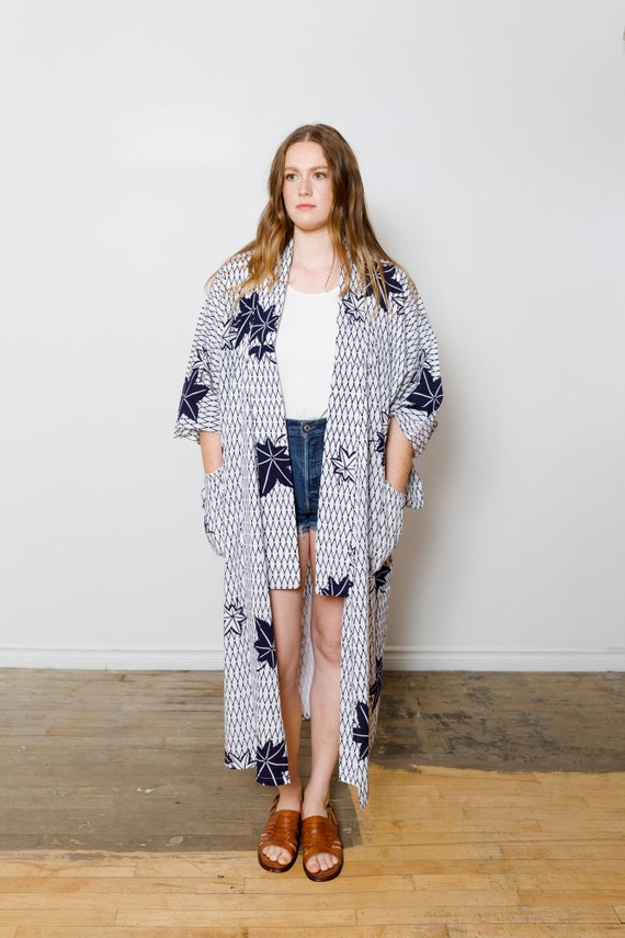 White Cotton Kimono w/ Momiji Navy Leaves & Patterns // Altered-Reworked Vintage // Japanese Vintage Yukata // Light Duster // House Coat