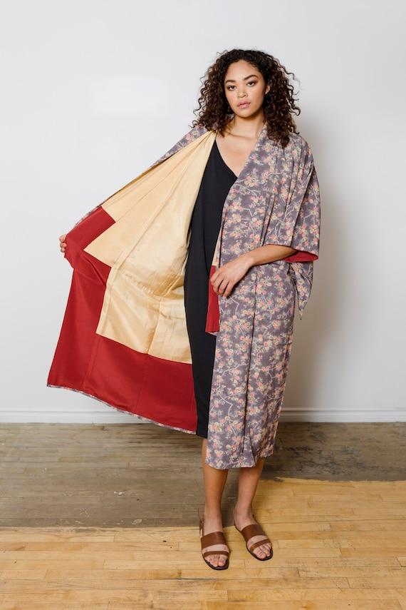 Silk Floral Kimono Duster w/ Pockets // Altered & Reworked Vintage // Japanese Vintage Kimono // Silk Robe // House Coat