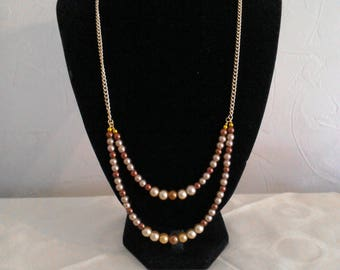 Brand New Handmade Necklace beaded with gold chain and gift box