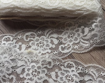 "VINTAGE FLOWER 1 1//4/"" Cotton LACE TRIM Scallop Edge 1yd Made in Poland"