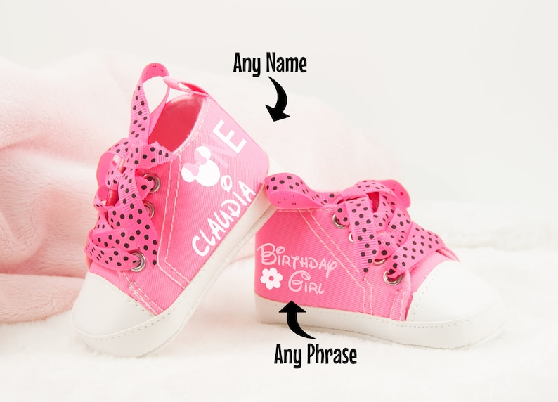 9479605bacfe7 Minnie Mouse Baby Girl Shoes, personalize baby gift for girls, Baby Girl  Shoe, Baby Birthday Gift, Minnie Mouse Birthday, Minnie Shoe