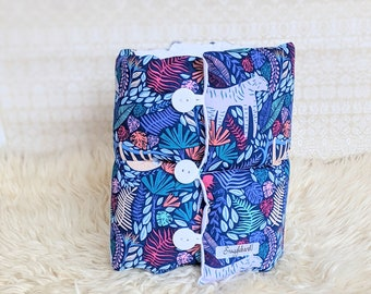 Snuggleband baby feeding armband support pillow cushion breastfeeding pillow nursing pillow travel pillow new baby gift colourful jungle