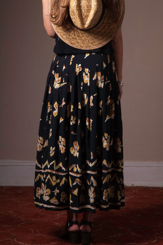 Vintage 90's Button Up Printed Skirt, Abstract Vi… - image 4