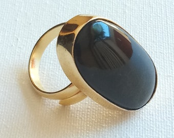 Obsidian ring mounted on gold