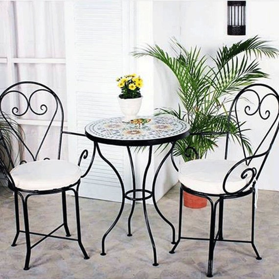 Table de jardin ensemble mosaïque marocaine + 2 chaises en fer forgé  d'intérieur et extérieur qualité