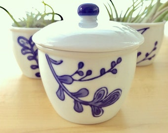 Blue & White Mini Bowl Trio // Ceramic Bowl Set // Sugar Bowls // Ceramic Containers