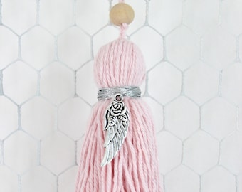 Light pink tassel