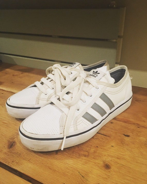 adidas trainers size 37