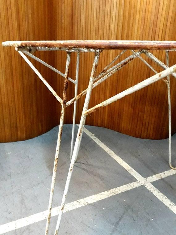 Table de jardin Mathieu Mategot circa 1955