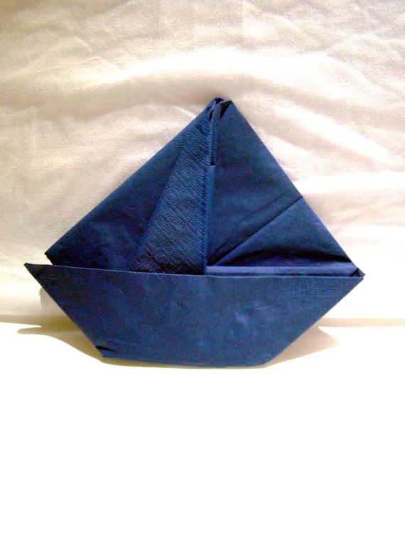 Joli Pliage De Serviette En Papier En Forme De Bateau