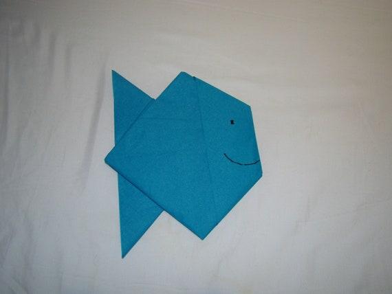 Joli Pliage De Serviette En Papier En Forme De Poisson