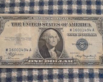 1935-A 1 Very Nice dollar Silver Certificate blue seal bill Block (WA)