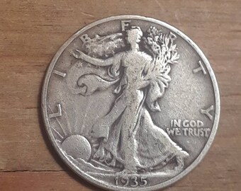 Depression Era 1935 Walking Liberty Siver Half Dollar  90 percent SILVER