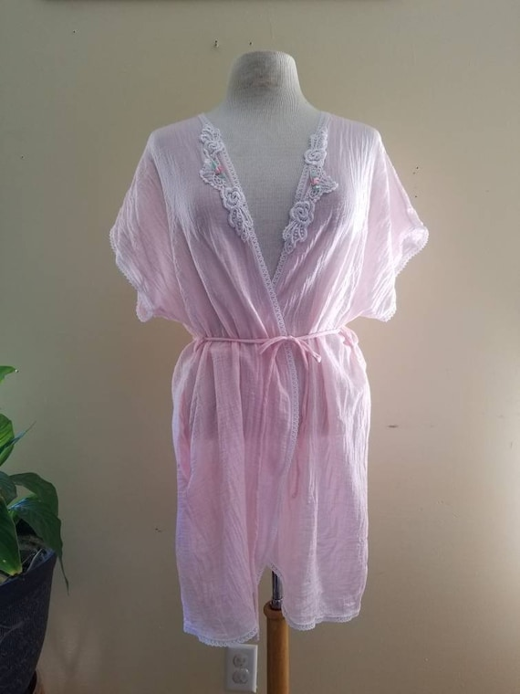 Vintage Pink Robe / Feather Bed Intimate / Medium