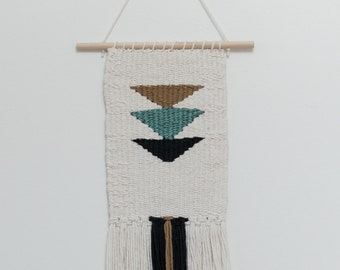 Handmade Weaving//Cotton Weaving//Home Decor//Wall Hanging//Wall Art//Bohemian