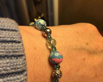 Blue Floral Beaded Bracelet
