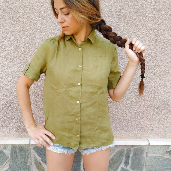Beige Color Embroidered T Shirt made In Italy 80s Vintage Blouse Size L Short Sleeves Positano Kaki Top Safari Style