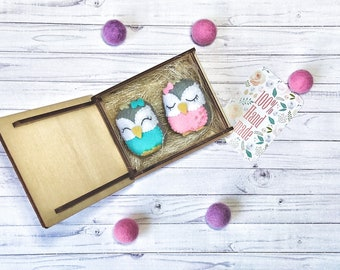 3 for the price of 1! 2 owl brooches and wooden gift box! Felt brooches. Funny jewelry. Ready to ship!