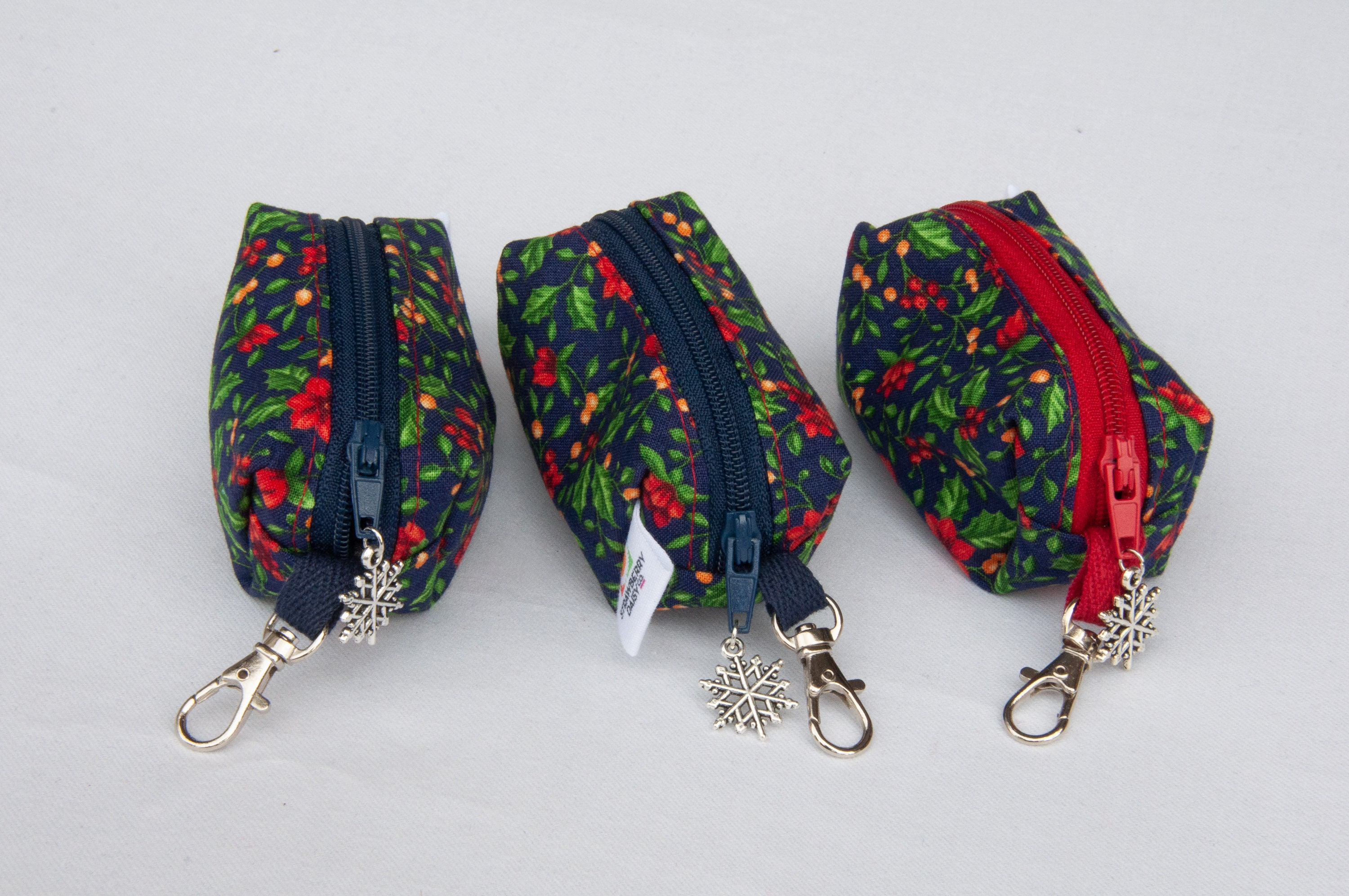 Zippered keychain coin pouch mini bag softsided fabric keyring