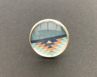 Adjustable 25 mm glass cabochon ring