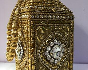 H4218 'Queen' Gold, Silver and Black metal luxury handbag