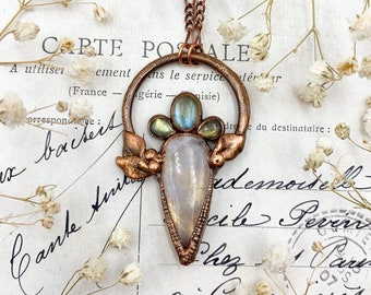 Moonstone and Labradorite Hand Sculpted Pendant, Nature Inspired Jewellery, Elven Necklace, Copper Boho Jewellery