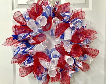 Independence Day,4th of July,Patriotic,Americana,Memorial Day,Veterans Day,Front Door Wreath,Home Decor,Red White and Blue,Mesh Wreath