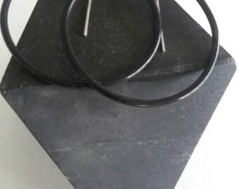 Rubber hoop earings