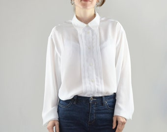 aa45e939d3122 Vintage White Button Up Shirt for Women Size Large   Oversized White Blouse