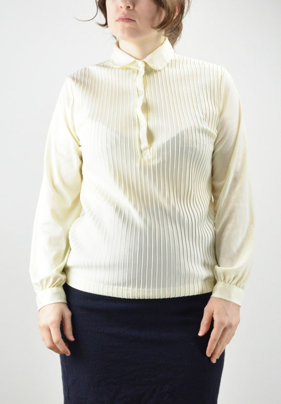Vintage Ivory Pintuck Pleated Classic Blouse Size… - image 3
