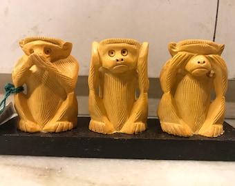 Handmade carved monkeys