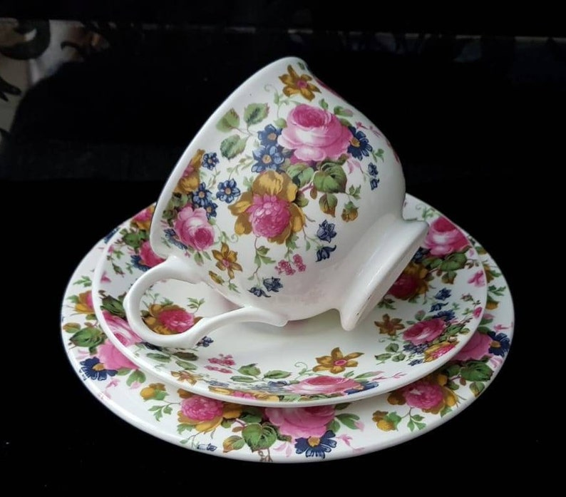 vintage wedding china Sadler wellington Rose chintz trio Vintage chintz teacup trio Sadler olde chintz china teacup