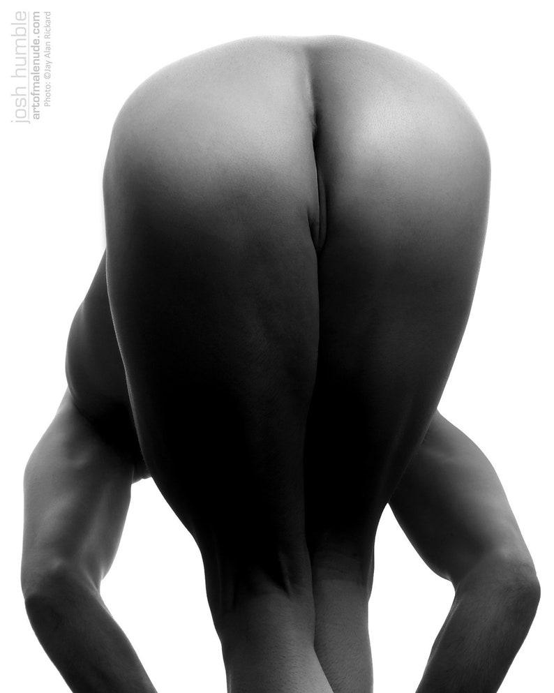 Josh Male Nude image 0