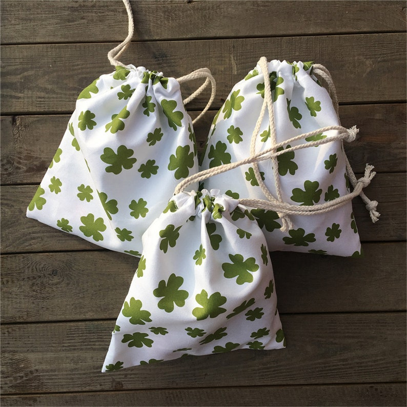 3pcs Polyester Drawstring Pouch St Patrick Day Party Gift Bag Print Green Clover YILE P15