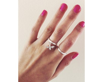 Sterling silver 925  bee ring