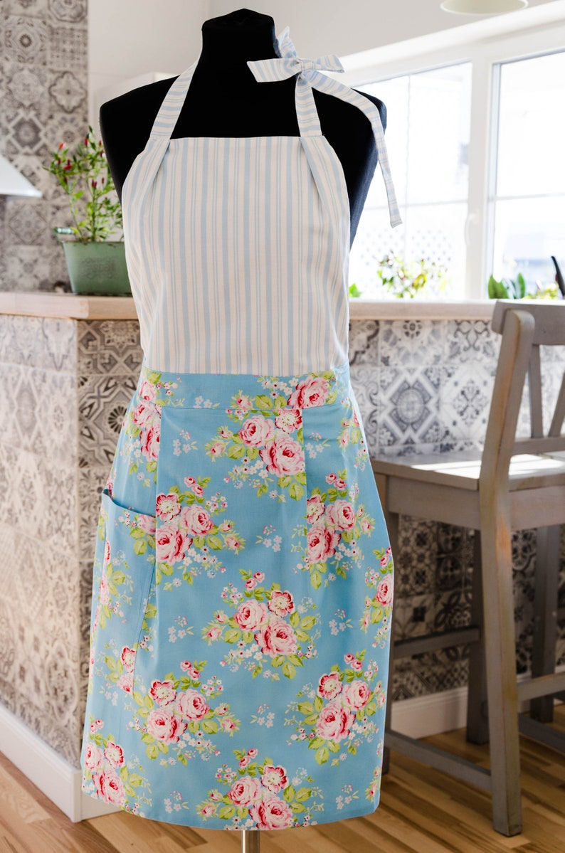 Blue Shabby Chic full apron with rose patterns for women