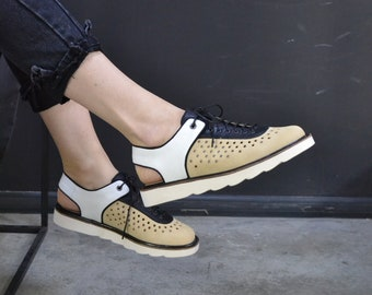 airy summer sandals with perforations