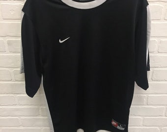 8409f2ce57b10 1990s Vintage NIKE Short Sleeve Thermal Tee Shirt | 90s NIKE White Tag  Spell Out Logo T-Shirt | 90s Clothing Streetwear Hypebeast