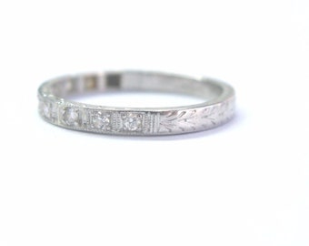 Platinum Vintage Old European Cut Diamond 10-Stone Band Ring .20Ct 2.5mm