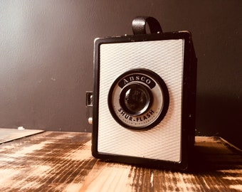 Ansco Shur-Flash- Box Camera